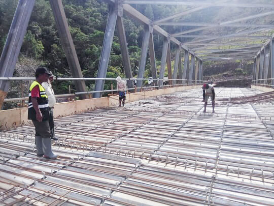 Jembatan Sungai Tawanga